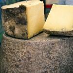 französischer Käse Spezialitäten auf den Französischen Märkten von La Pestaque