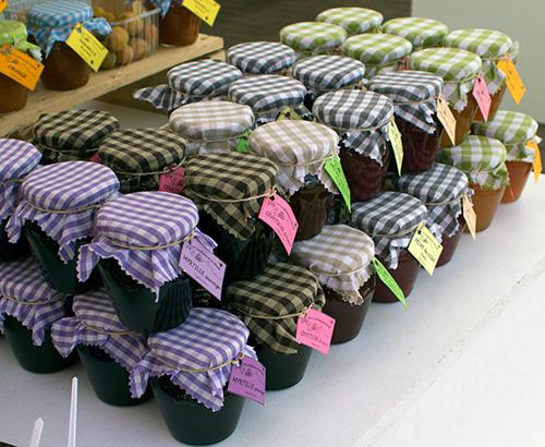 franz sischer markt neuss marmelade la pestaque franz sische m rkte. Black Bedroom Furniture Sets. Home Design Ideas