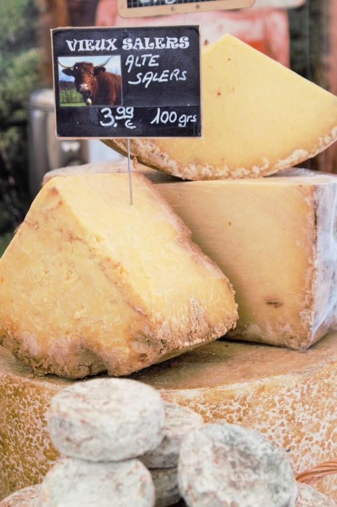 Französischer Markt Neuss - Käse